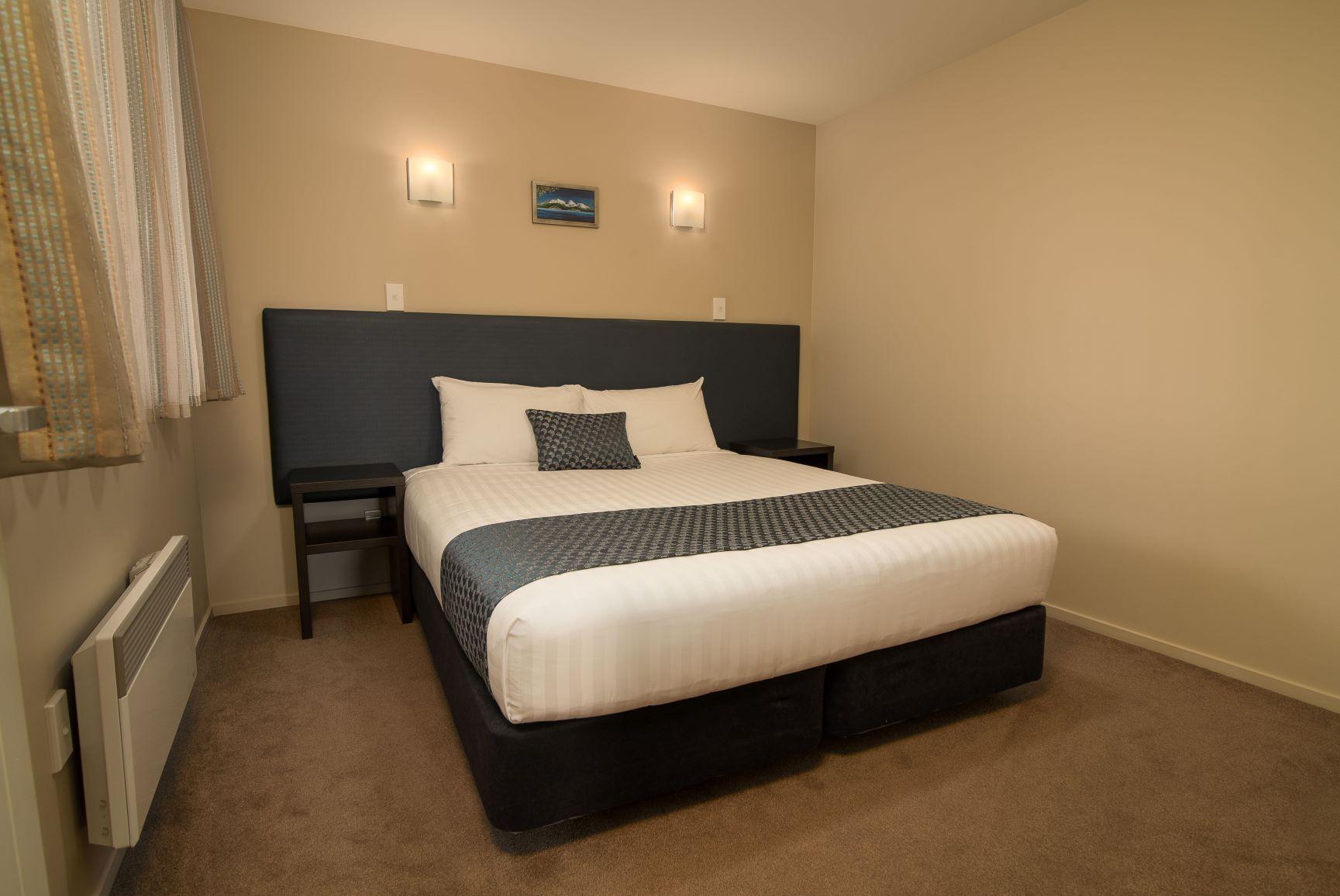 1 Bedroom Spa Suite (16)