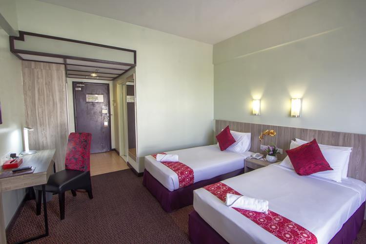 Premium Twin - Renovate Room